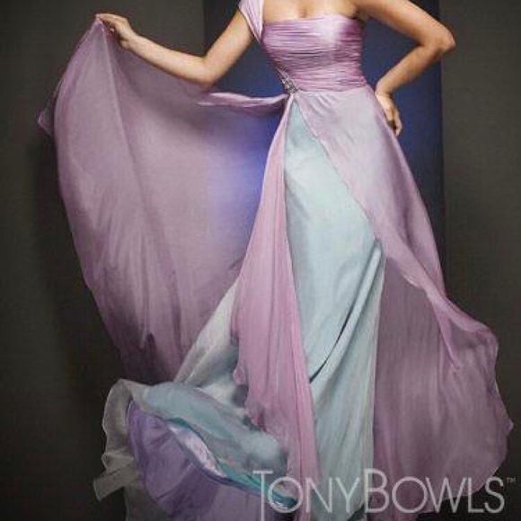 Tony Bowls Evening Dresses